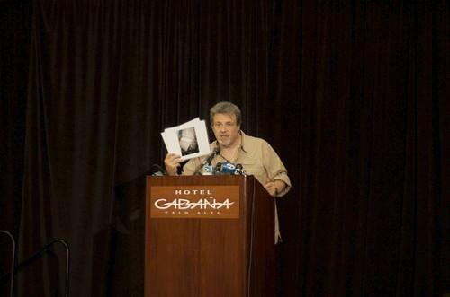 SKEPTICISM AS US HUNTERS CLAIM 'BIGFOOT' FIND